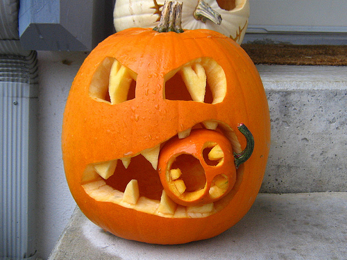 awesome-jack-o-lantern-halloween-25446400-500-375
